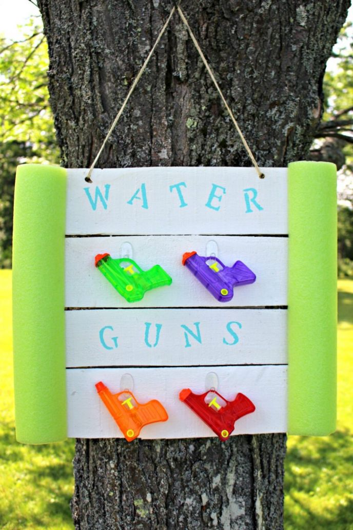 DIY Water Gun Holder from Pallets