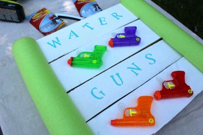 DIY wood craft water gun holder