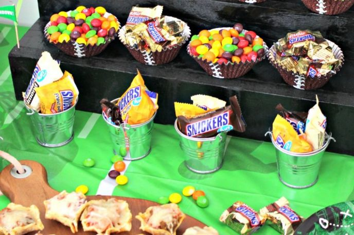 SNICKERS Fun Size Snack Cups