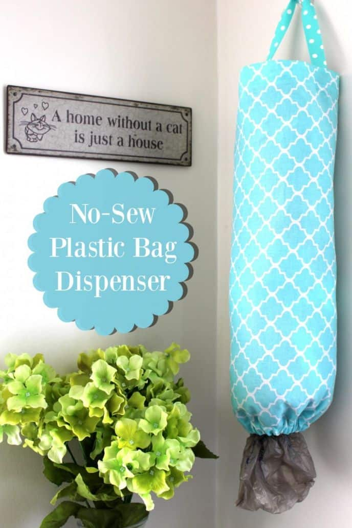 No Sew DIY Plastic Bag Dispenser. Learn how EASY it is to make a plastic bag organizer and holder dispenser without sewing! If I can make this, you can too! #diy #diyideas #organizer #organize #decor #home #homedecor #homedecorideas #decorideas #diyideas #diyproject #crafts #diys