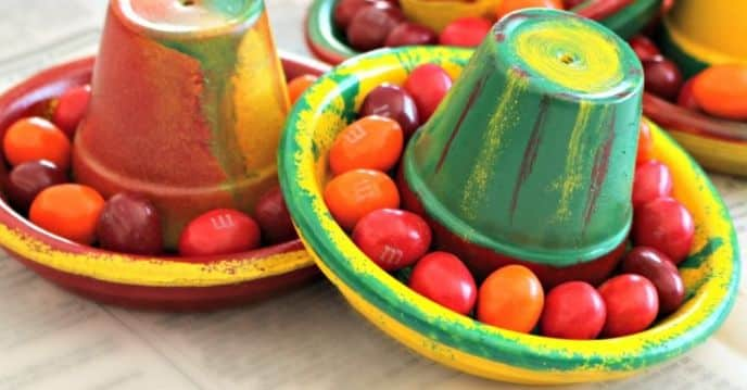DIY Terra Cotta Pot Sombreros – Clay Pot Cinco de Mayo Crafts