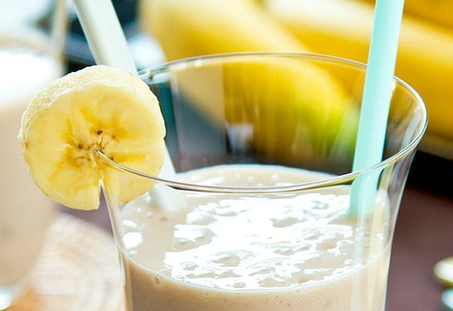 Healthy Chocolate and Banana Smoothie Recipe