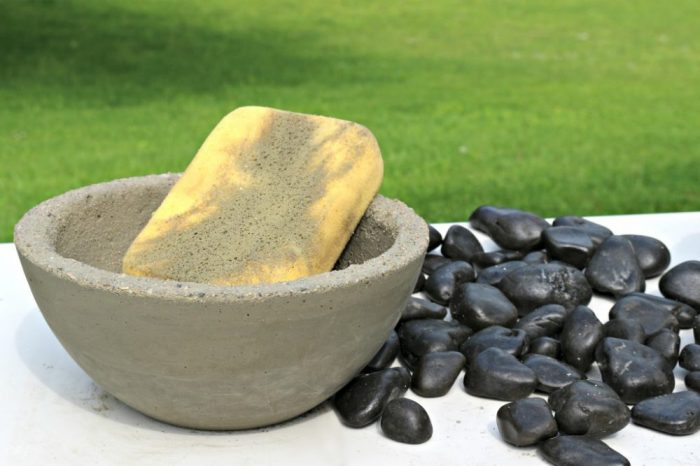 DIY Concrete Fire Bowl, Forming with Sponge