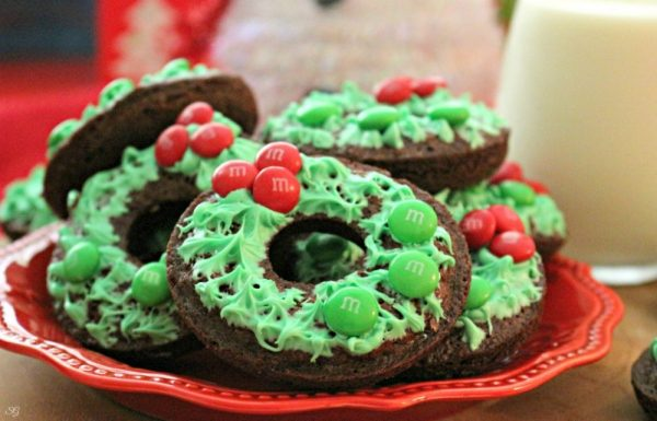 M&M's Chocolate Holiday Wreath Brownies