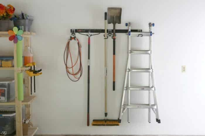 Rubbermaid FastTrack Garage Organization Rail System