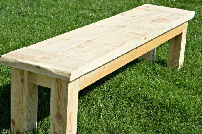 DIY Rustic Seating Bench