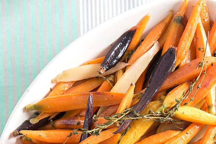 Garlic and Thyme Roasted Carrots