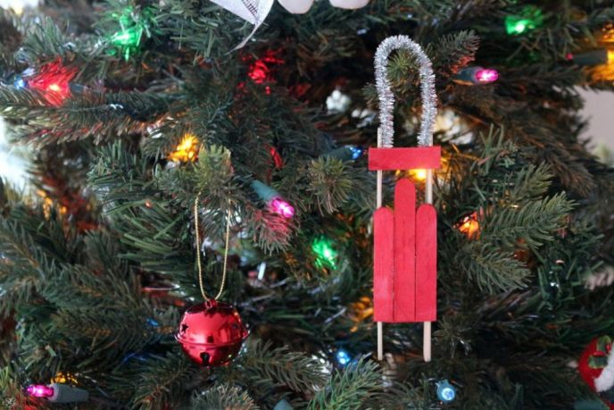 DIY Popsicle Sled Christmas Tree Ornaments