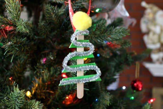 DIY Christmas Tree Ornament & Christmas Tree Tour!