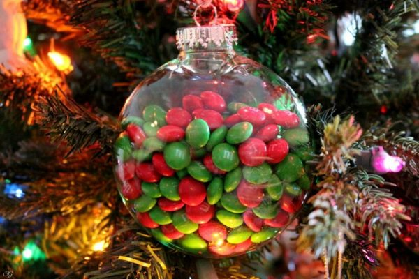 DIY M&M's Filled Christmas Ornaments