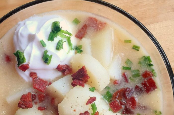 Potato soup, an easy and hearty soup recipe.