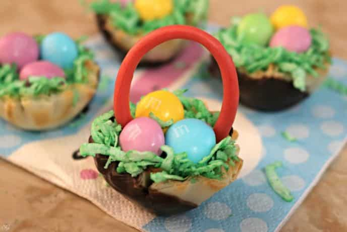 Easy Easter Basket Snack