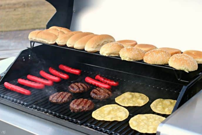 Grilling Burgers and Hot Dogs on Char-Broil