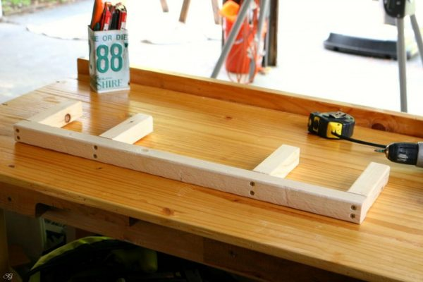 DIY Floating Shelf Frame