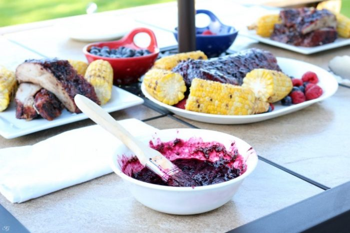 BBQ Ribs with Braspberry Sauce - Blueberry Raspberry Barbecue Sauce Recipe