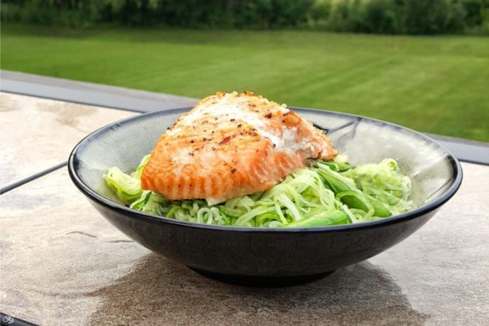 Pesto Zoodles and Cedar Plank Salmon – Try It Today!