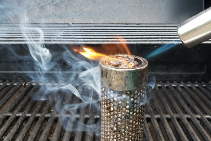 Amaz-N Wood Flavor Pellet Tube for BBQ Grills