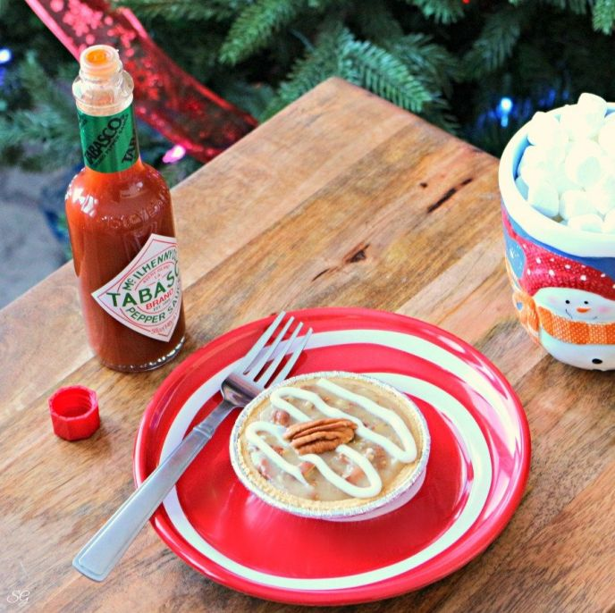 White Chocolate Pecan Pies with a Spicy Kick of Tabasco Sauce - perfect for Christmas or other holiday gatherings!