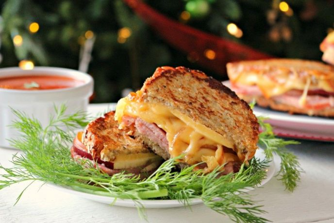 Grilled ham and cheese smoked gouda recipe served with tomato soup. Leftover Christmas ham sandwich recipe! #food #foodie #recipe #delish