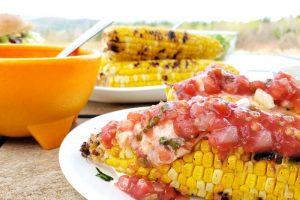 Easy Mexican Street Corn! My recipe take on the delicious street fare you've come to know and love as Mexican Street Corn. Try it! #delish #corn #mexicanstreetcorn