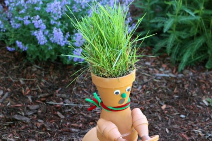 Grass hair for clay pot garden sculpture art