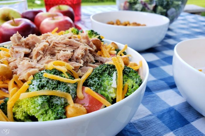 Broccoli tuna salad - easy to make!