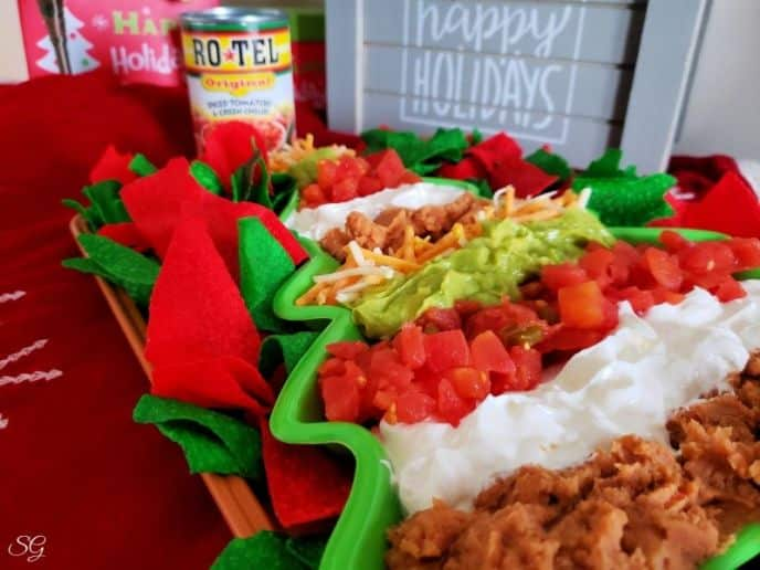 Easy Christmas Holiday Party Dip Recipe #gatherwithRotel