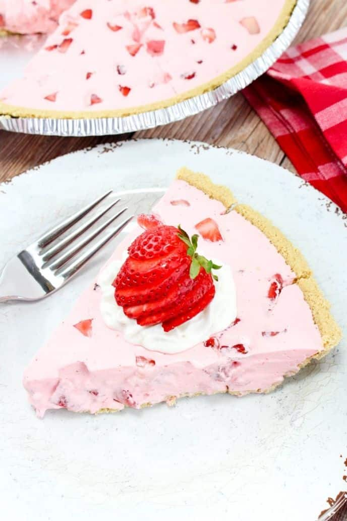 No bake strawberry pie with strawberries on top
