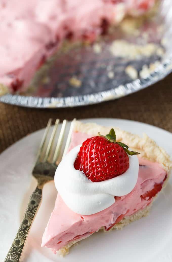 Strawberry jello pie recipe with fresh strawberries
