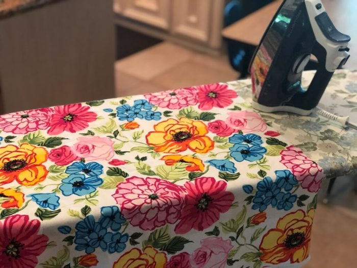 Ironing fabric smooth