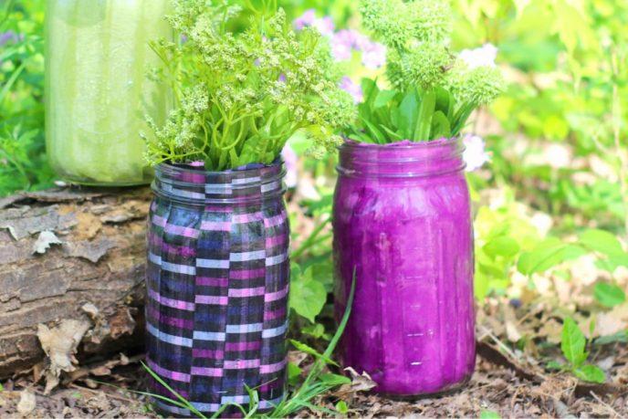 Mason jar flower vase crafts.