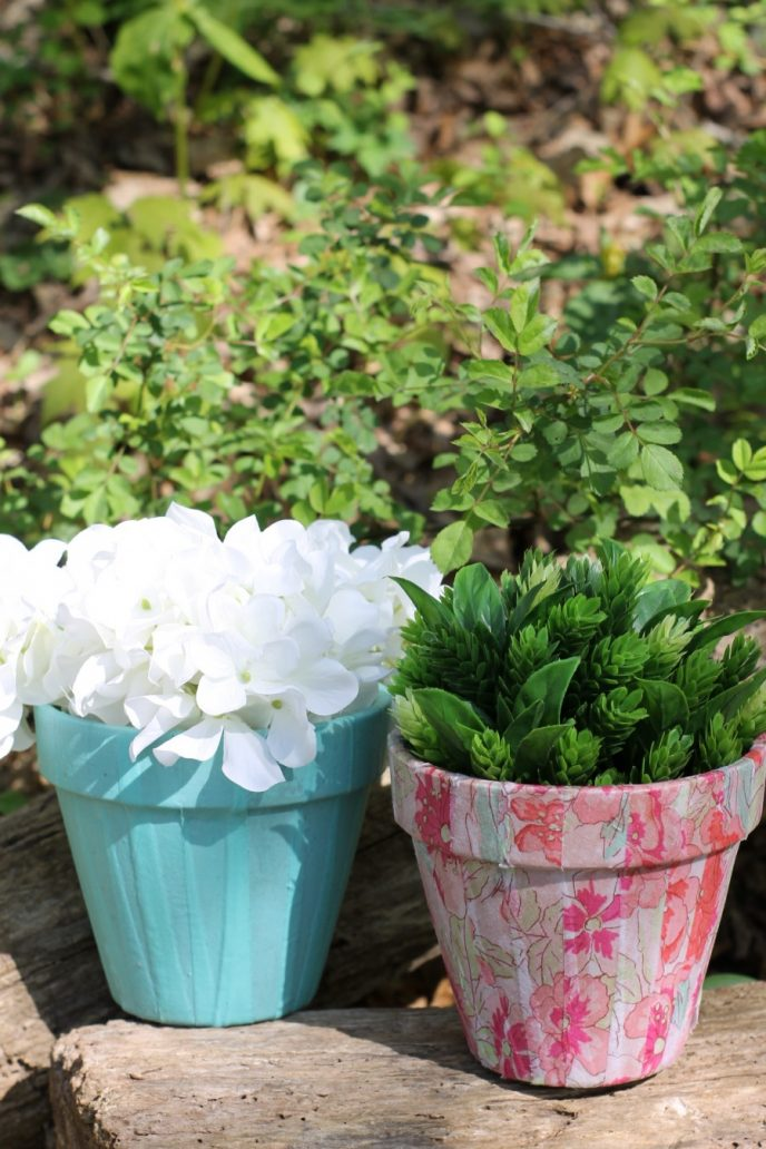 Last minute Mother's Day gift idea, easy craft project decoupage flowerpot.
