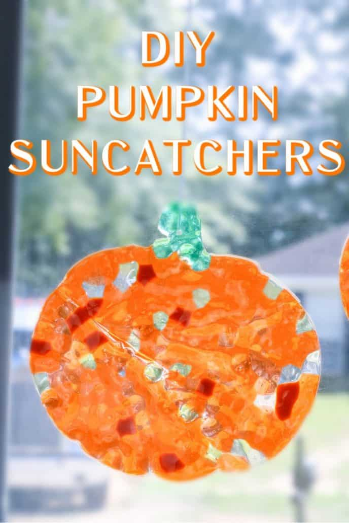 Pumpkin suncatchers DIY project at home