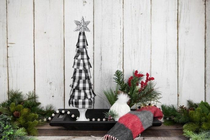 Buffalo Plaid Christmas Decoration