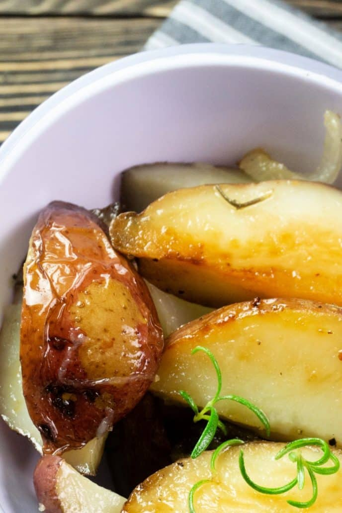Roasted red potatoes recipe served in a white dish