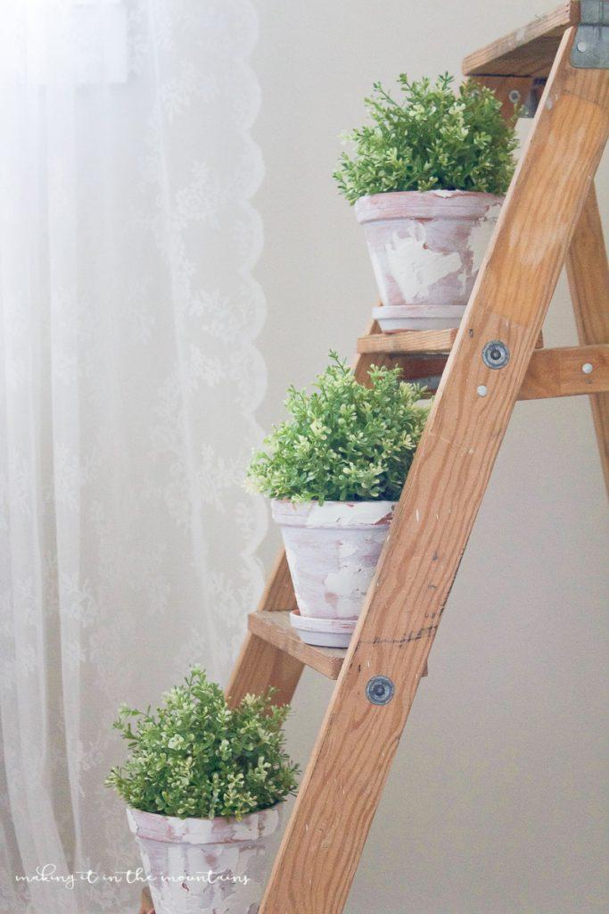DIY Farmhouse Flower Pot Decorations