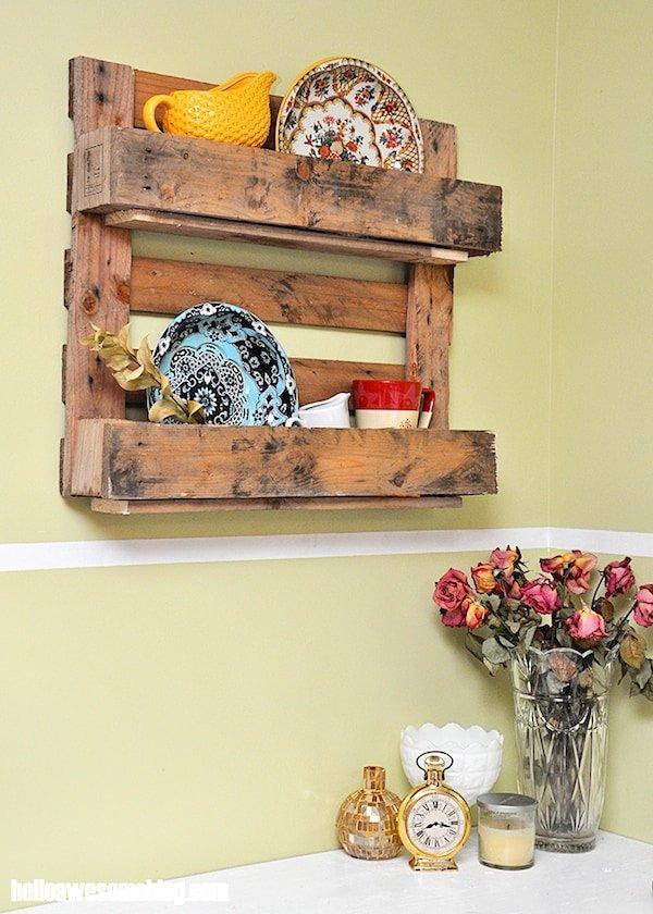 Pallet wood display shelf